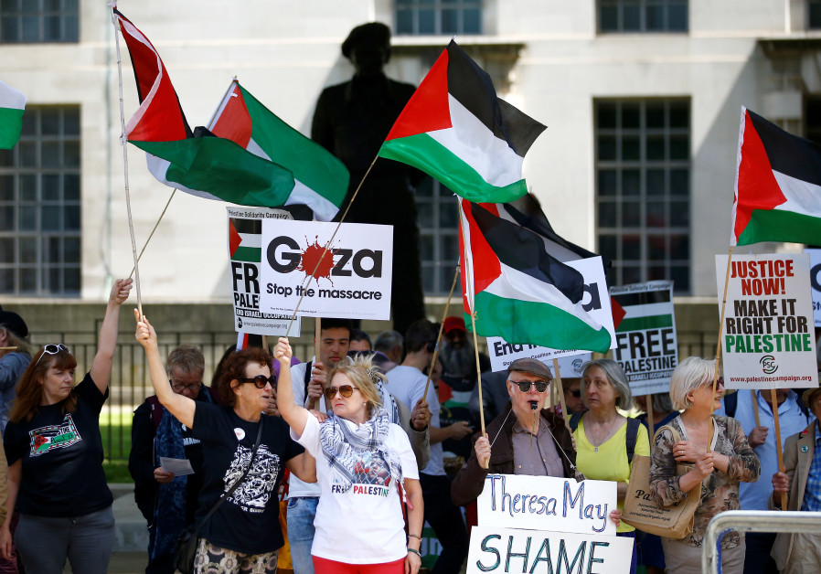 Pro-Palestinian demonstrators protest in London in June 2018