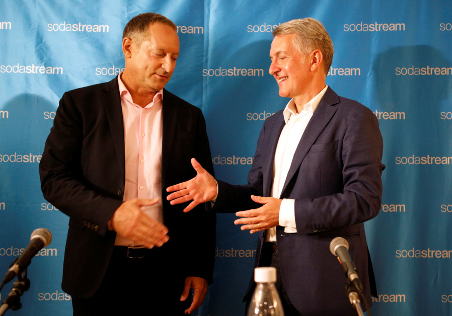 Chief Executive Officer of PepsiCo Ramon Laguarta with Daniel Birnbaum, SodaStream CEO.