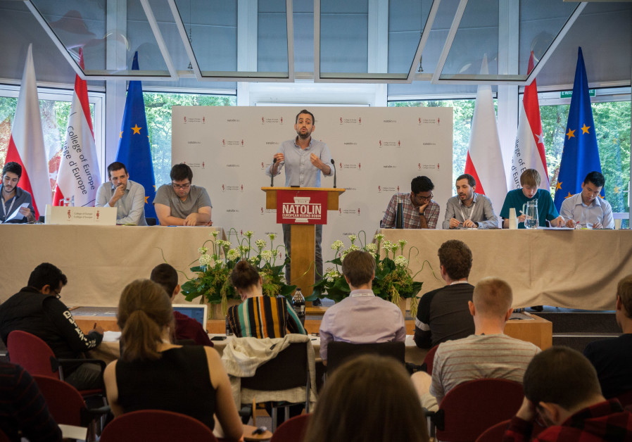 Noam Dahan debates at the European Round Robin debate competition, 2019.