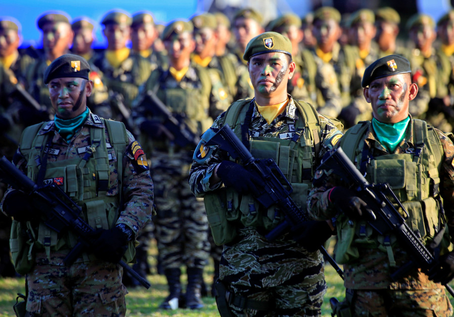 IDF troops train Philippine counterparts in counterterror tactics