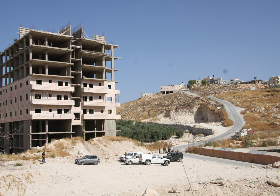 Israel demolishes 'illegal' homes under Palestinian control