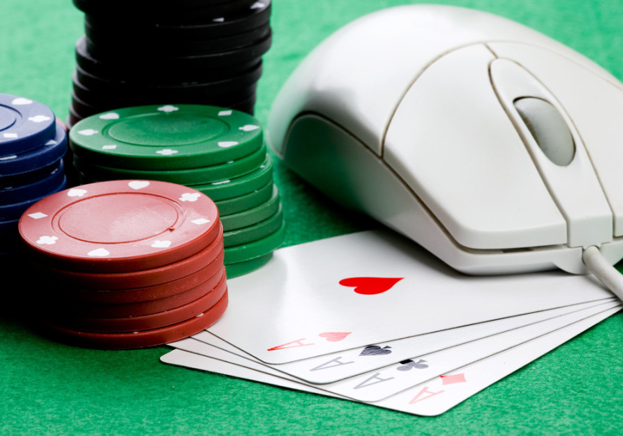 The growing of online gambling industry: How does it happen?