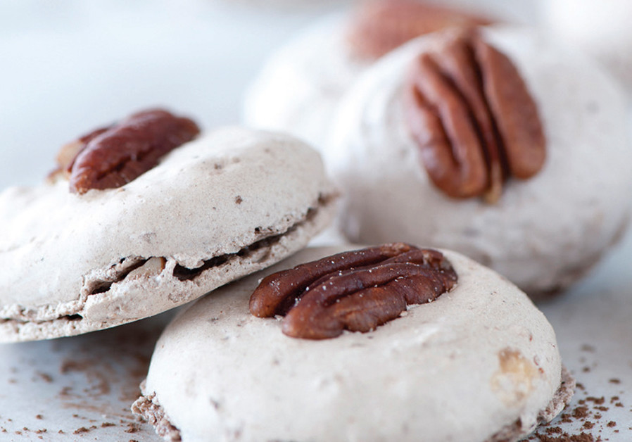 Gluten-Free Pecan Cookies (Credit: ODED MAROM)