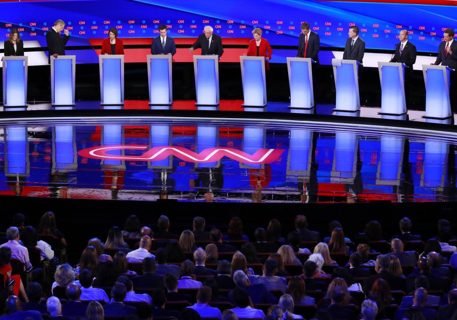 Democratic 2020 U.S. presidential candidates (L-R) author Marianne Williamson, U.S., Rep. Tim Ryan,