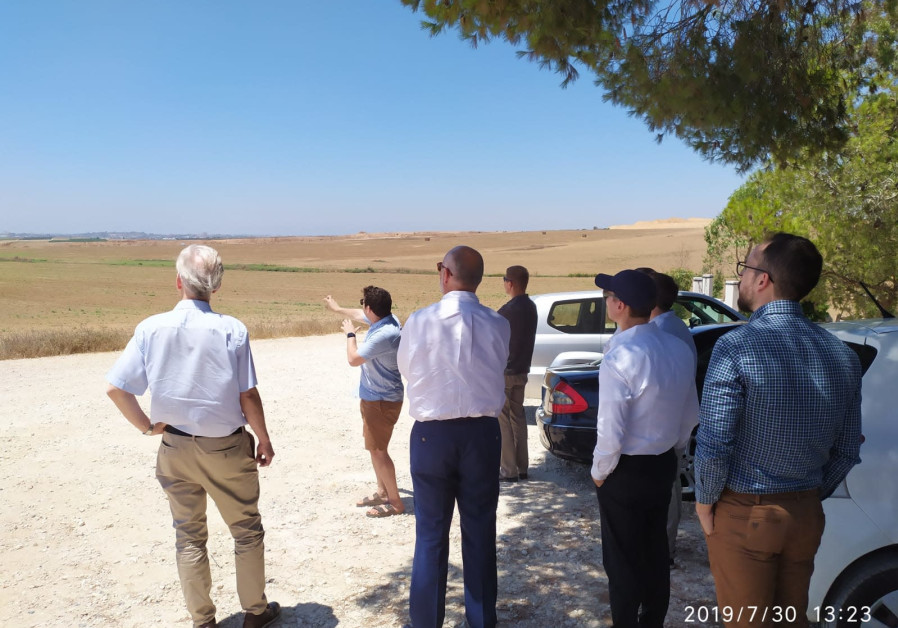 European ambassadors and diplomats tour Gaza border ( Credit: My Truth)