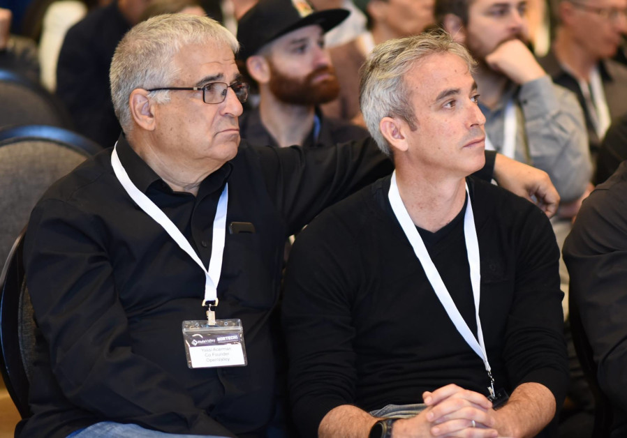 OpenValley co-founders Yossi Ackerman (L) and Ofir Dubovi (R)