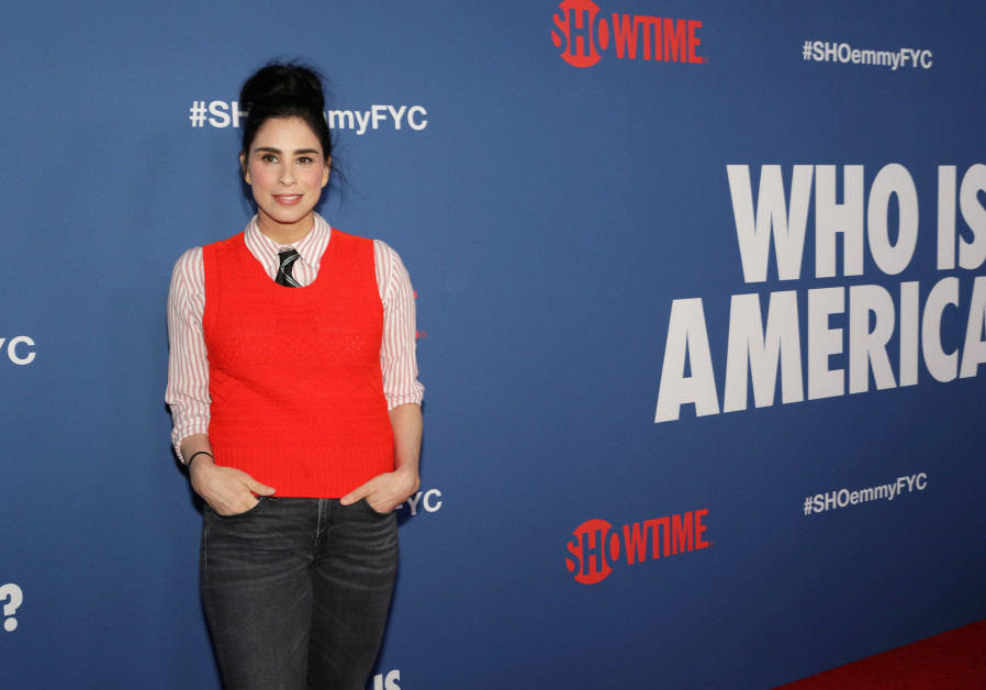Sarah Silverman arrives at the premiere of red carpet event for the screening for the Showtime Serie