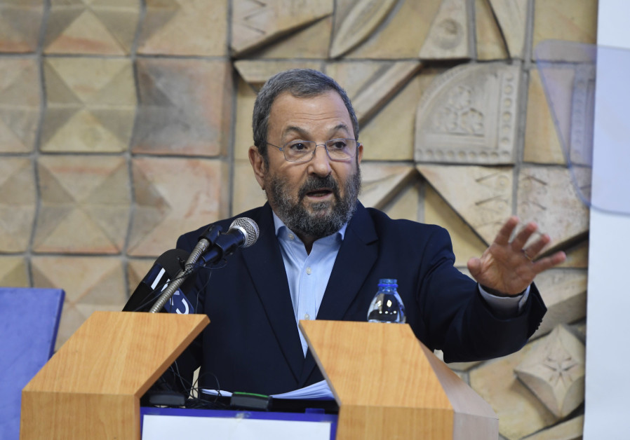 Barak accuses Netanyahu of Daily Mail 'blood libel,' compares himself to Rabin