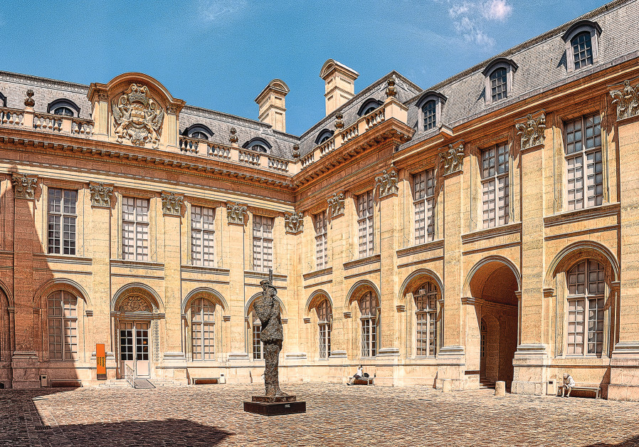 A STATUE of Capt. Alfred Dreyfus stands in the courtyard of the Museum of Jewish Art and History in