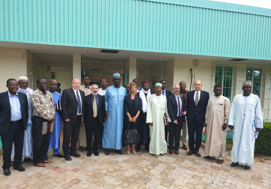 Israeli and Chadian representatives with Minister for State Agriculture Haroun Kabadi