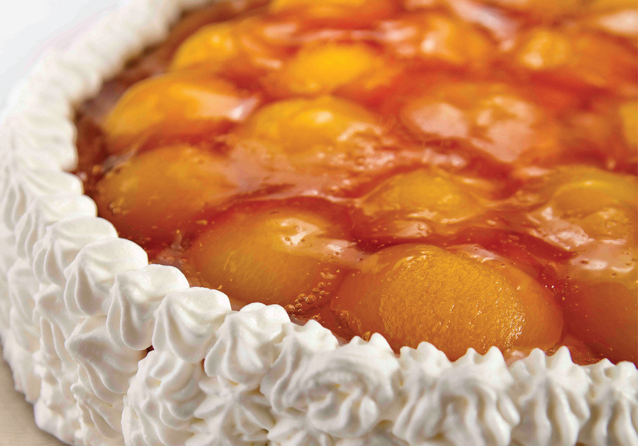 APRICOT OR PEACH CHEESECAKE (Credit: PASCALE PERETZ RUBIN AND ANATOLY MICHAELLO)