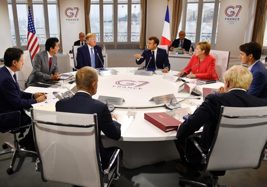 Donald Trump leaves Iran diplomacy door open after Macron's Zarif gambit