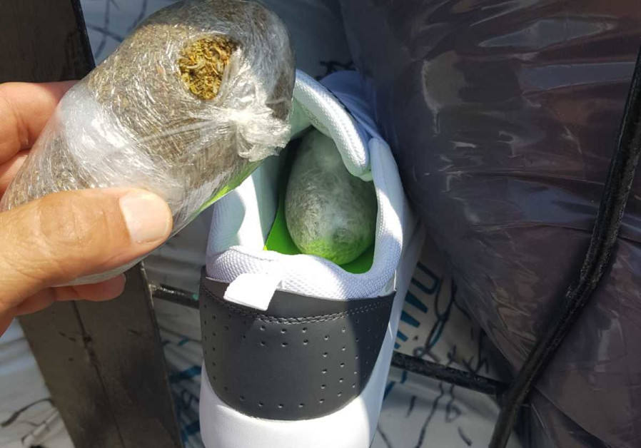 Several kilograms of synthetic drugs found in sneakers