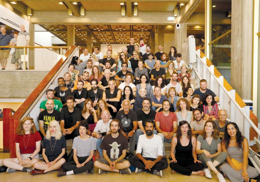 Tinkling the ivories in Tel Aviv