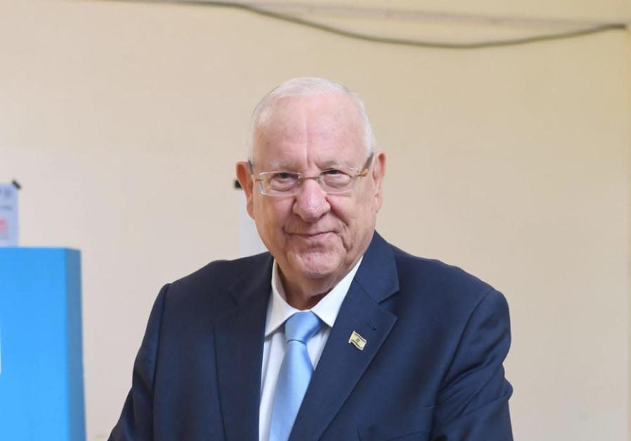 President Reuven Rivlin votes, September 17, 2019