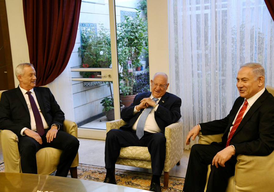 President Reuven Rivlin (center) meets with Prime Minister Benjamin Netanyahu (right) and Blue and W