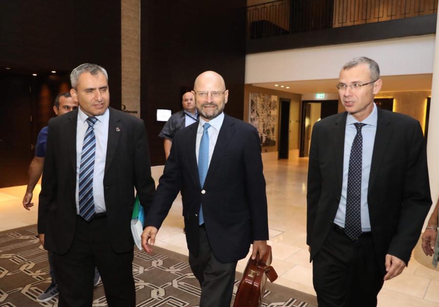 Jerusalem Affairs Minister Ze'ev Elkin, Blue and White MK Yoram Turbowicz and Tourism Minister Yariv