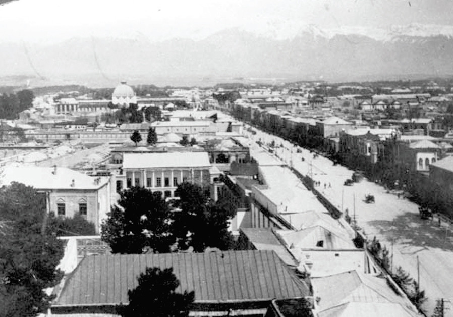 IN IRAN, Netzer mixed with the 'Yaldei Tehran.' Pictured – Tehran, past and present: Golestan Palace and Naseri St., 1930 (Credit: Wikimedia Commons)