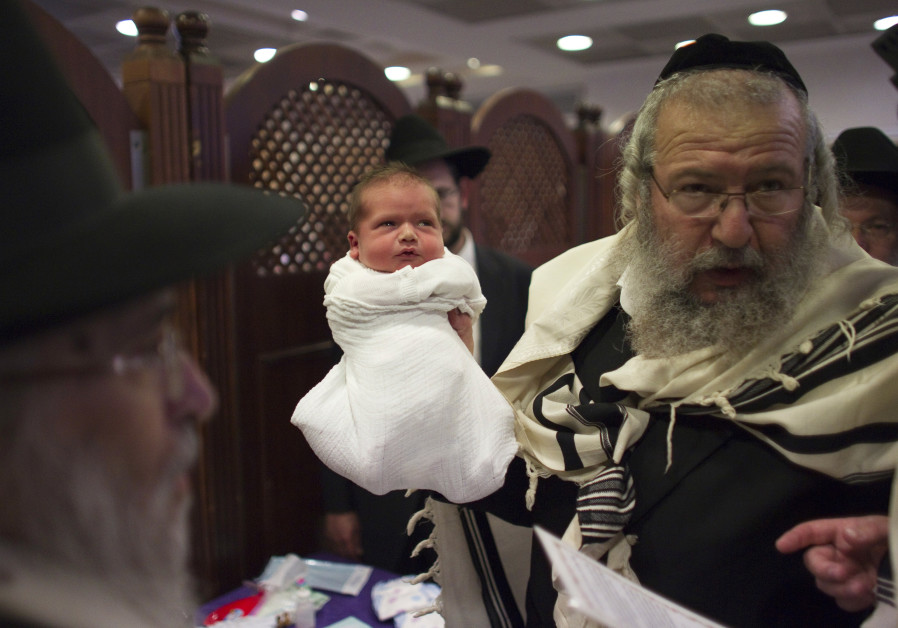 Rabbis mourn lack of tolerance in Sweden after anti-circumcision vote