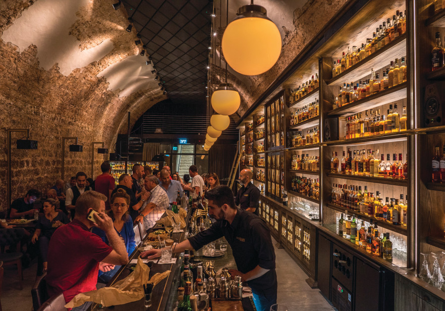 Whiskey Bar: Come for the whiskey, stay for the food