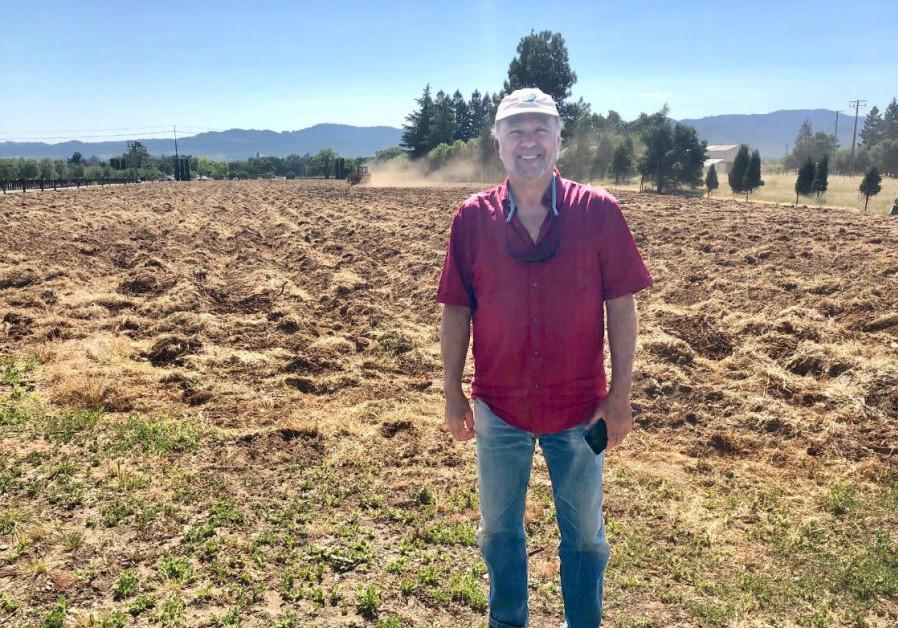Owner Winemaker, Ernie Weir (Credit: HAGEFEN CELLARS)
