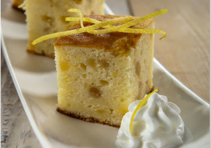 LEMON CAKE WITH CANDIED ORANGE PEEL ( Credit; PASCALE PEREZ-RUBIN)