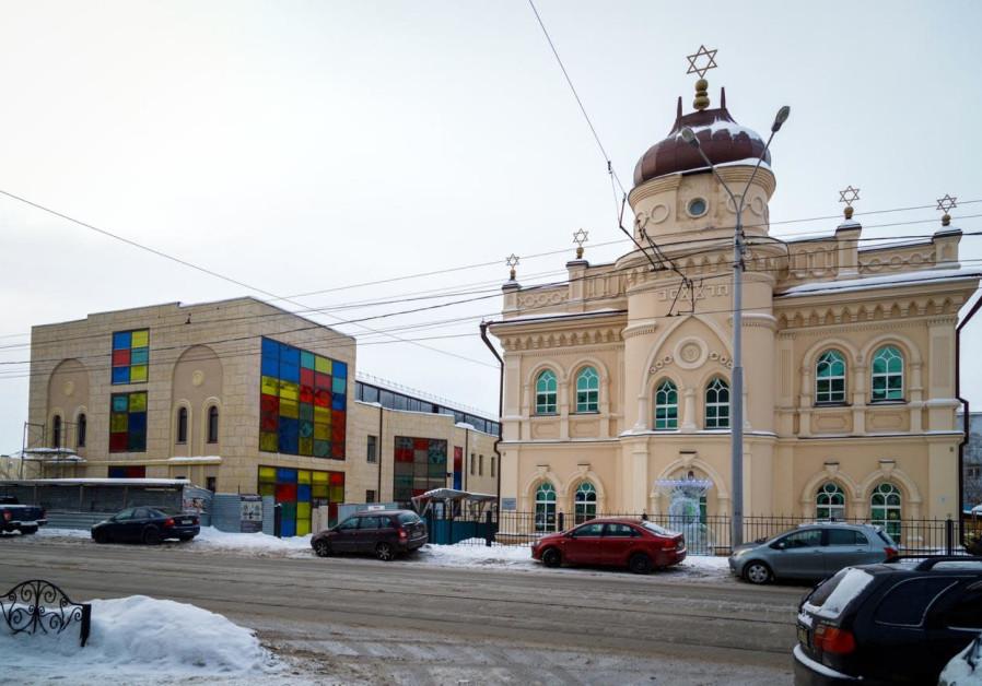 Ice menorah ready for Hanukkah in Tomsk, Siberia, December 2019. (Courtesy: Jewish Community of Tomsk)