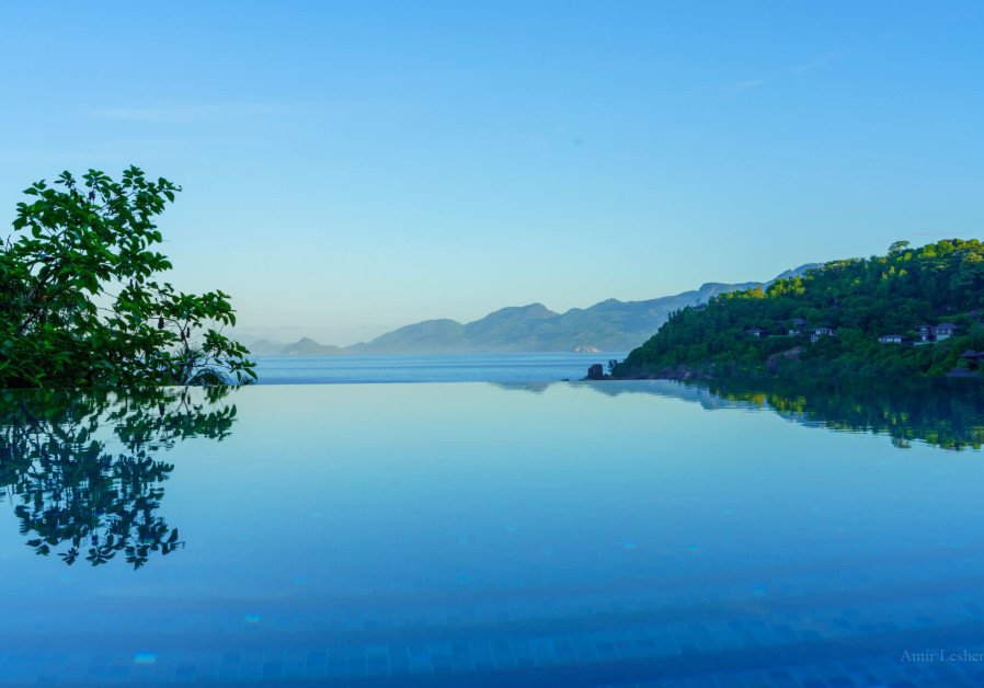 VIEW OF the infinity pool from a Four Seasons room. (photo credit: AMIR LESHEM)