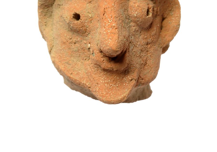 Human-shaped figurine heads (Photo Credit: CLARA AMIT ISRAELI ANTIQUITIES AUTHORITY)