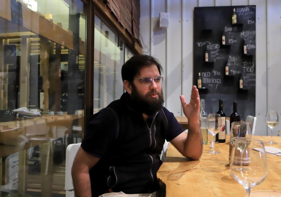 YONATAN KOREN,  a pioneer of organic wine making in Israel. (Credit: David Silverman, DPS Images)