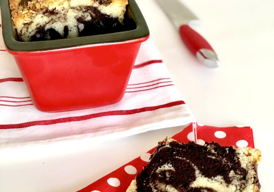 Vanilla Chocolate Marble Cake (Credit: PASCALE PEREZ-RUBIN)
