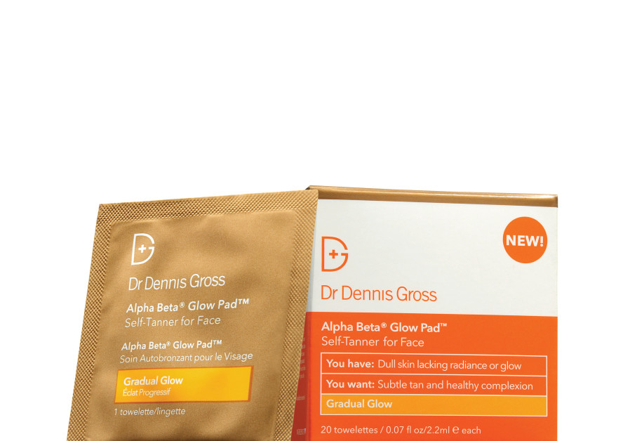 Dr. Dennis Gross tanning wipes (Photo Credit: Courtesy)