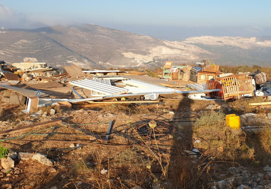 An illegal settlement built by Israeli settlers near the near the Yitzhar settlement in the Samaria region. (Border Police Spokesperson's Office)