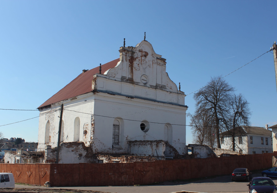 Great Synagogue of Slonim, Berlarus, as it appears today (Credit: FOUNDATION FOR JEWISH HERITAGE)