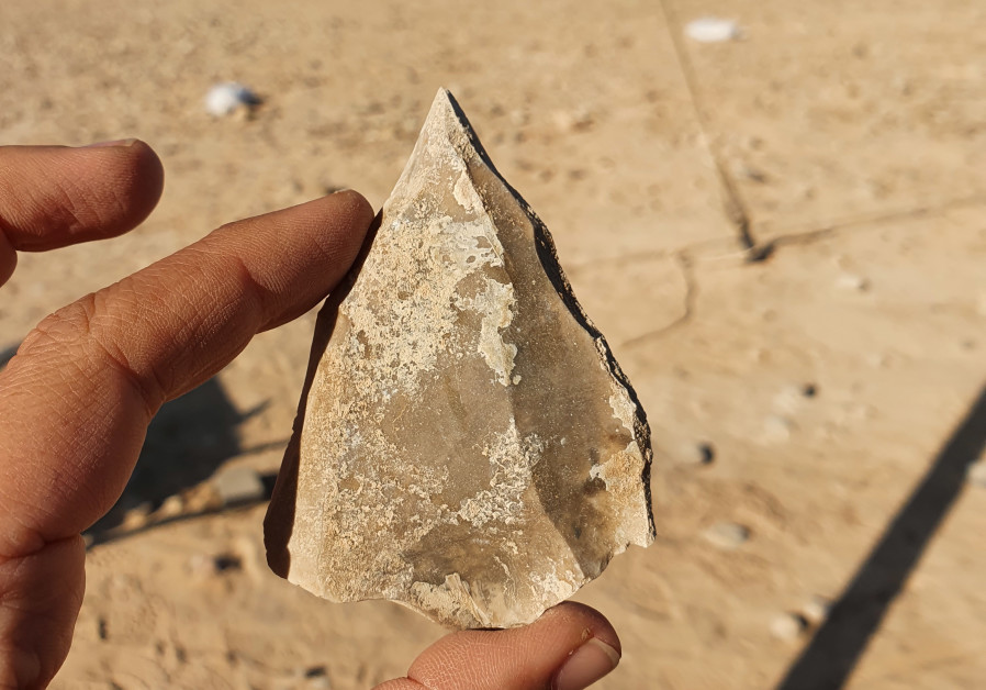 Tools made of stone show the migratory patterns of early humans (Credit: Emil Eljem/IAA)