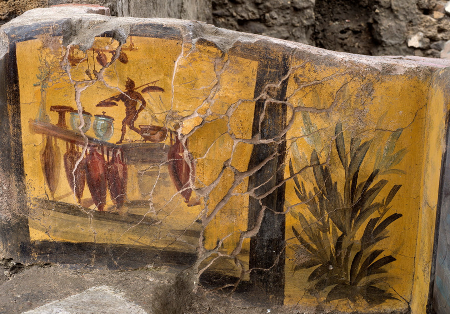 Archaeologists discover ancient 'Street Food Shop' - Pompeii (Credit: REUTERS)