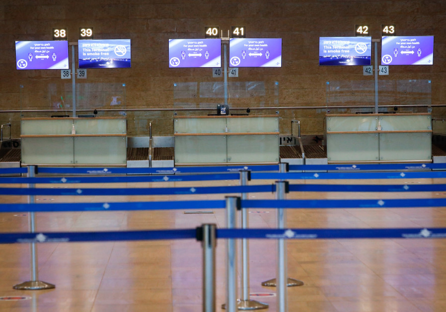 'BLACK-SWAN event': Empty departure halls at Ben-Gurion Airport, October. (Photo credit: Olivier Fitoussi/Flash90)