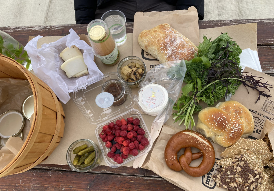 PETEL ERETZ picnic spread and Ish Lechem bread. (Sharon Feirereisen)