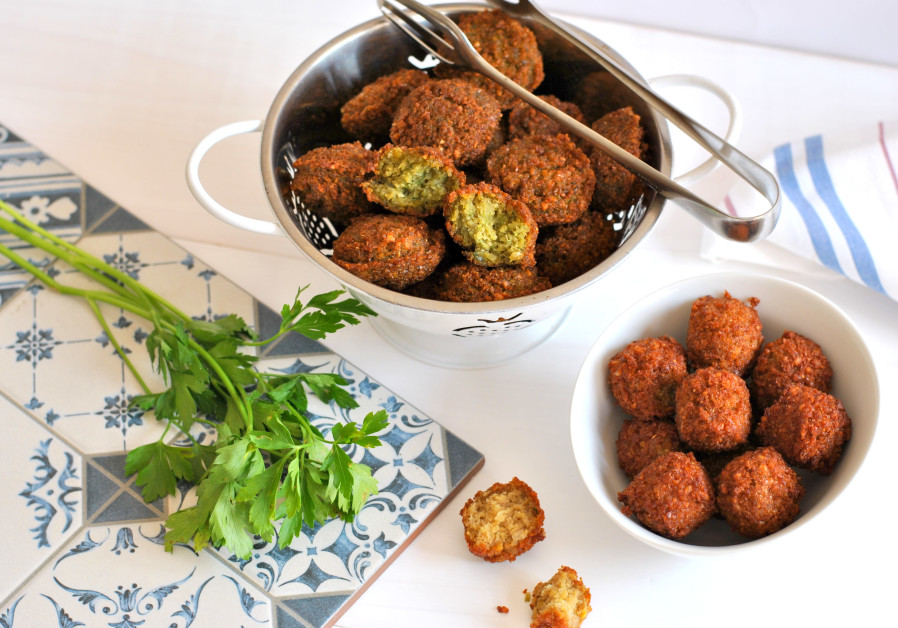Falafel. (Photo credit: Pascale Perez-Rubin)