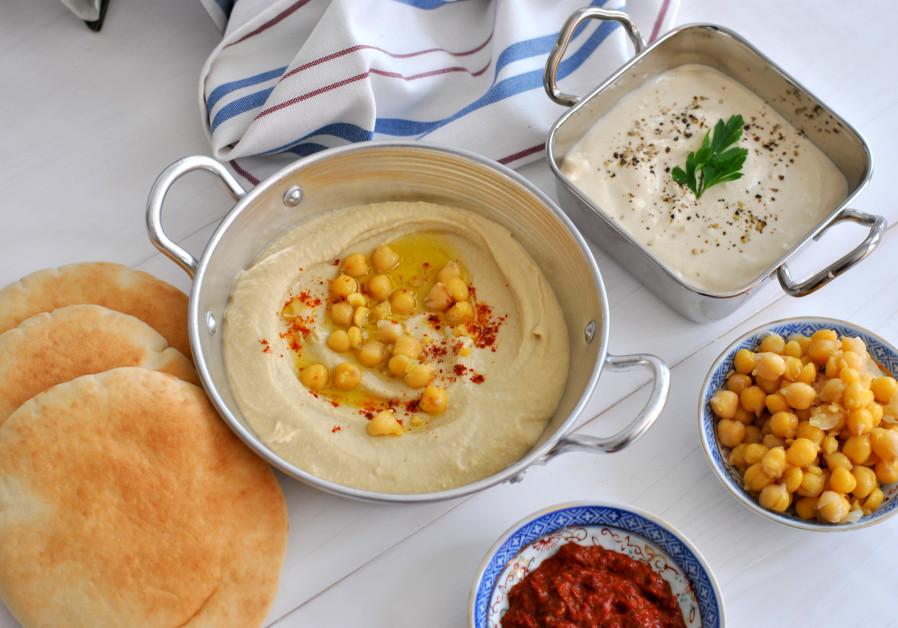 Hummus, Tehina, chickpeas. (Photo credit: Pascale Perez-Rubin)