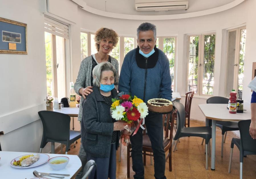 Holocaust survivor Miriam Linial celebrates her 100th birthday