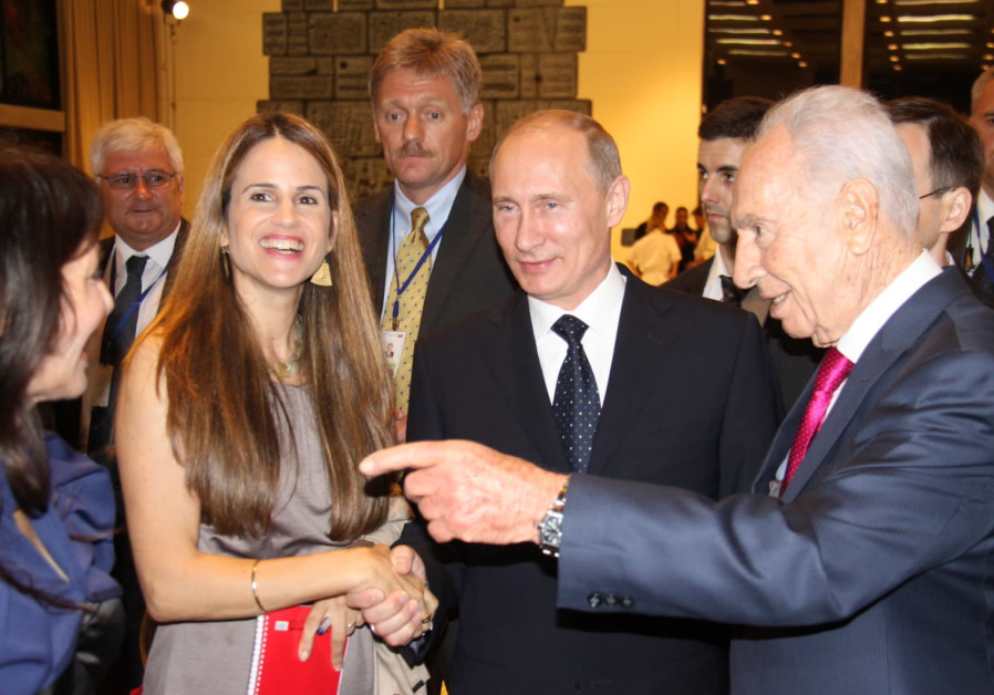 WITH PRESIDENT Shimon Peres and Russian President Vladimir Putin. (Photo credit: Sivan Farag)