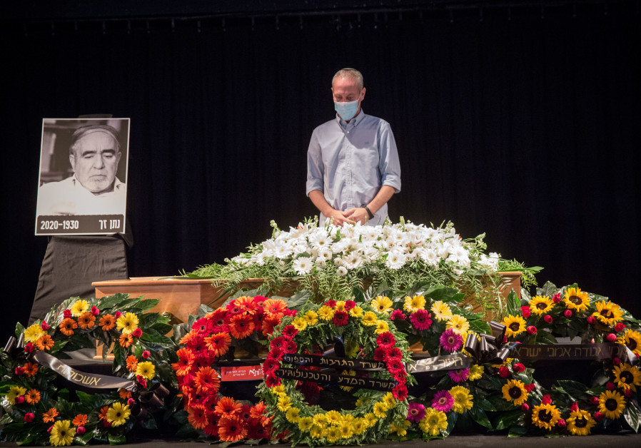IN HIS capacity as minister of culture and sport, paying respects to late Israeli poet Nathan Zach at Tel Aviv's Tzavta Theatre this past November. (Miriam Alster/Flash90)