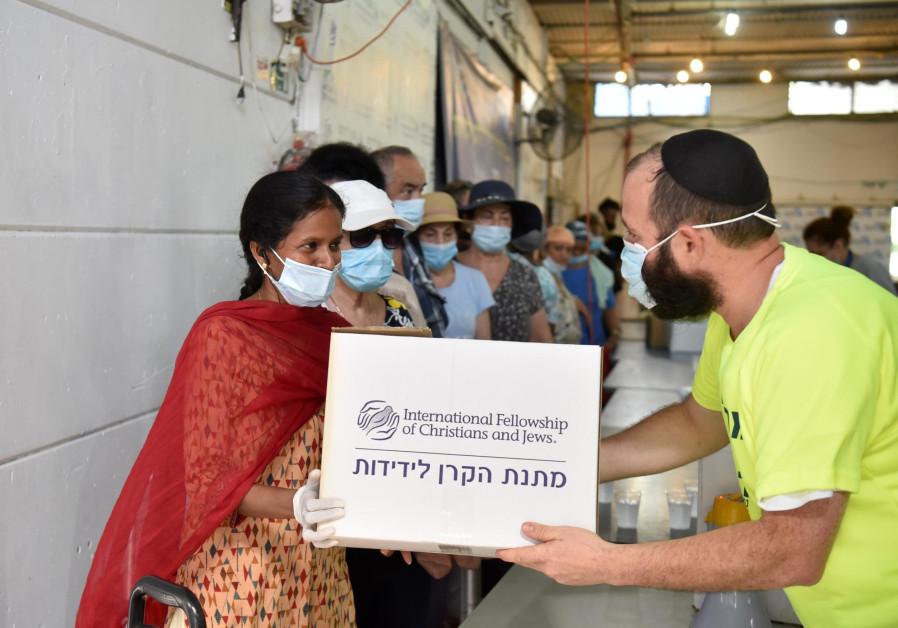 Persekutuan Internasional Umat Kristen dan Yahudi akan memberikan $ 6,2 juta bantuan kepada orang Israel pada Paskah ini. (Sumber: Yossi Zeliger)