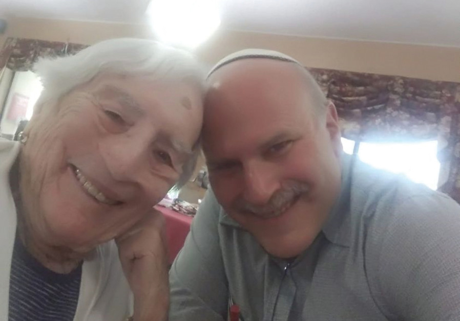 GIDEON ARIEL with late mother Selma Reich