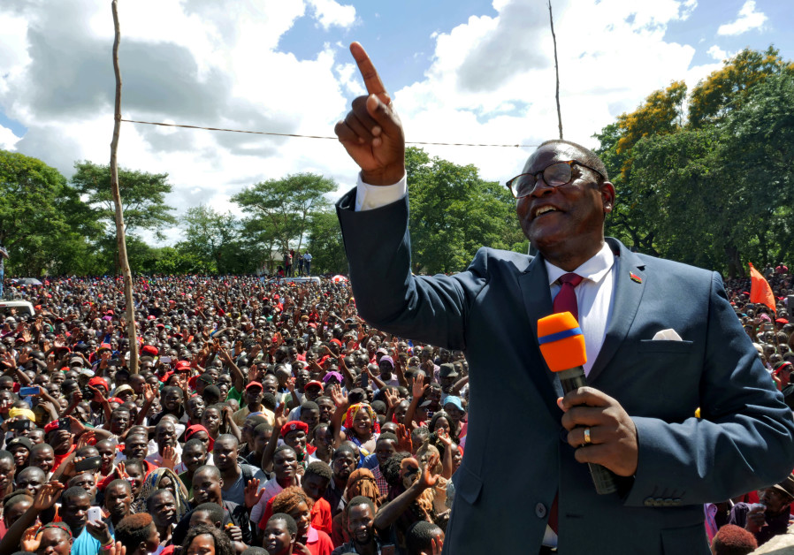 OPPOSITION MALAWI Congress Party leader Lazarus Chakwera addresses supporters after a court annulled the May 2019 presidential vote declaring Peter Mutharika winner, in Lilongwe on February 4, 2020 (Photo Credit: ELDSON CHAGARA/FILE)