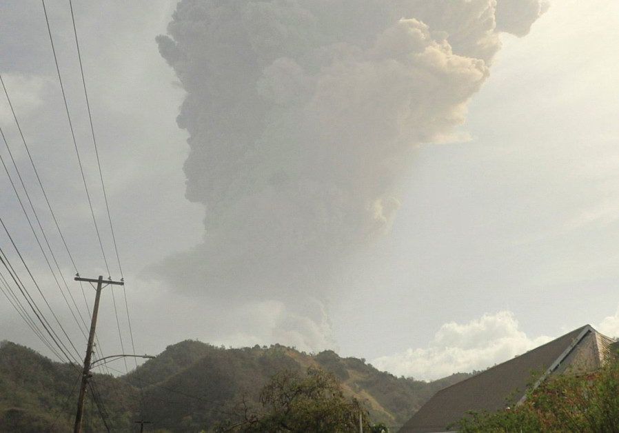 St. Vincent Volcano: Only those vaccinated for COVID-19 can evacuate - PM