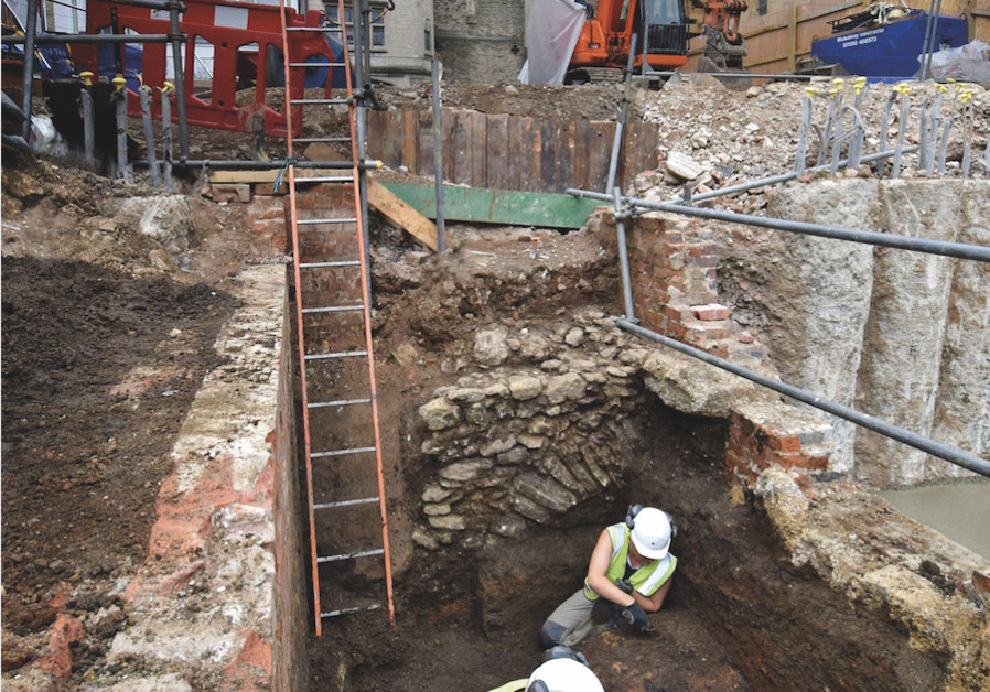 View of excavations at St Aldates, Oxford, showing Carfax Tower in the background. (Photo credit: Oxford Archaeology)
