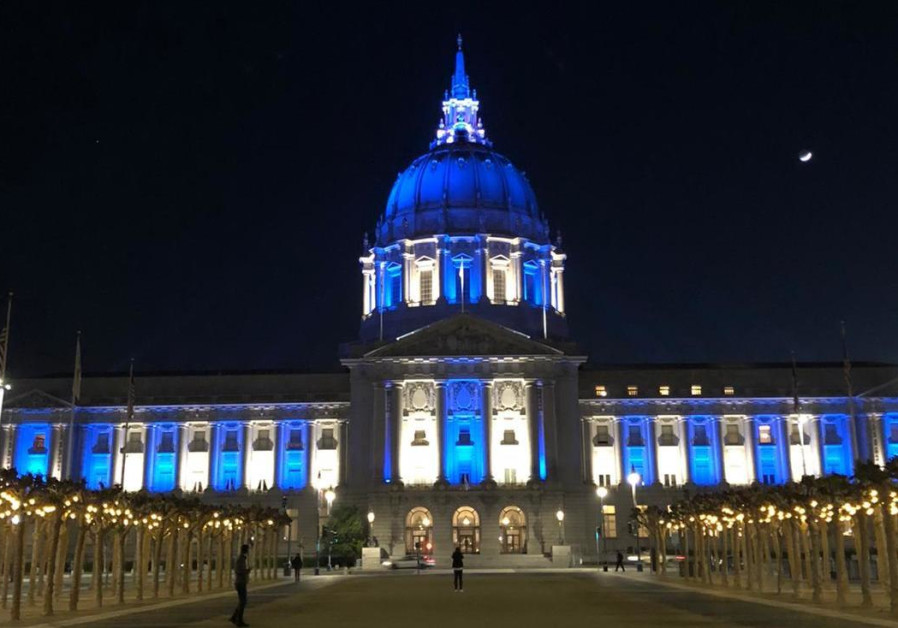 San Francisco, USA city hall illuminated in blue and white for Israel's 73rd Independence Day April 15, 2021. (Credit: FOREIGN MINISTRY)