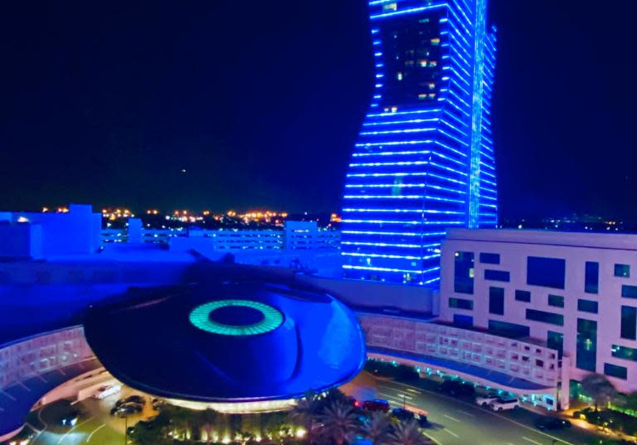 Hard Rock Hotel in Florida lights up in blue for Israel's 73rd Independence Day, April 15, 2021. (Credit: FOREIGN MINISTRY)